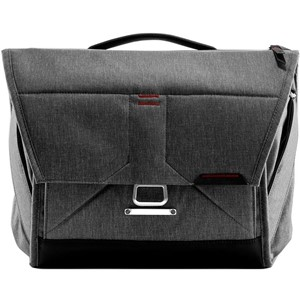 "Peak Design Everyday Messenger 13"" Charcoal BS-13-BL-2"