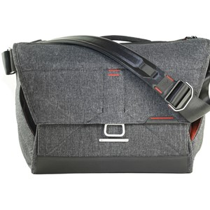 "Peak Design Everyday Messenger 15"" Gray"