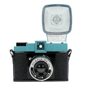 Lomography DIANA F+ with flash
