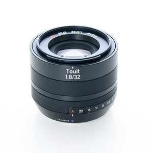 Brukt Zeiss Touit 32mm f/1,8 for Fujifilm X-mount